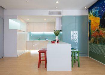Kính tranh kính màu ốp bếp
