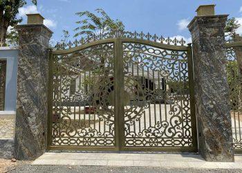 Bộ cửa tự động cao cấp Ytaly cho biệt thự Phú Mỹ, Tân Thành BRVT