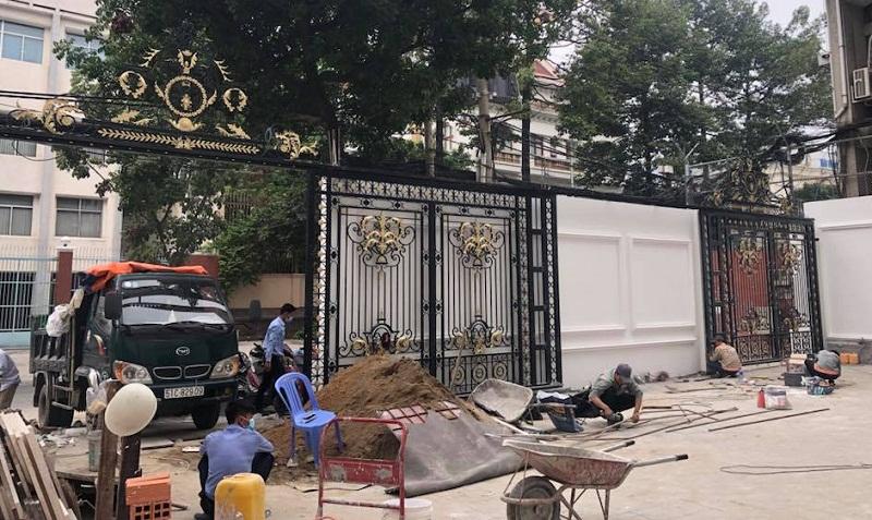 Bộ thiết bị mô tơ cổng lùa cho biệt thự sang trọng ở Long Thành Đồng Nai với giá rẻ bảo hành 5 năm